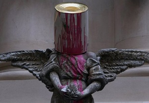 Banksy-bucket-angel-art1
